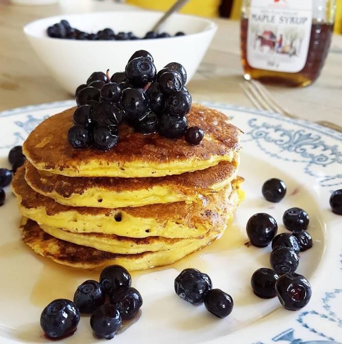 Frokostpannekaker med blåbær