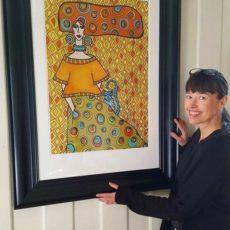 Sprer naive art kunst ut over Tromsø-byen